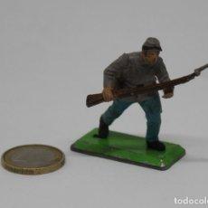 Juguetes Antiguos: SOLDADO CONFEDERADO BRITAINS LTD 1971 DEETAIL MADE IN ENGLAND US SOLDIER CIVIL WAR. Lote 223622055