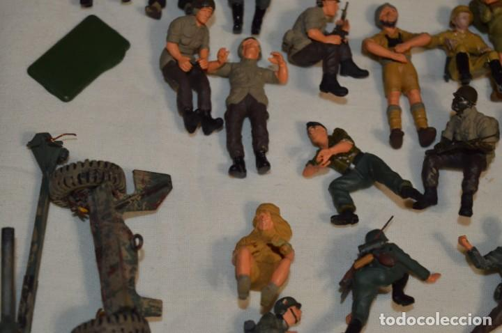Juguetes Antiguos: Antiguo - Sobre 120 soldados / Diferentes Ejércitos - 2ª Guerra M. - Sobre 5 Cm. de altura - ¡Mira! - Foto 8 - 226344593