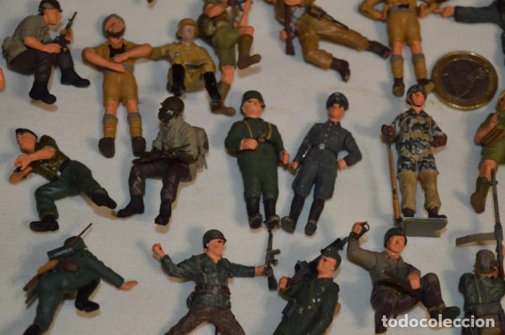Juguetes Antiguos: Antiguo - Sobre 120 soldados / Diferentes Ejércitos - 2ª Guerra M. - Sobre 5 Cm. de altura - ¡Mira! - Foto 9 - 226344593