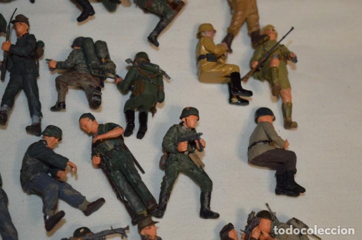 Juguetes Antiguos: Antiguo - Sobre 120 soldados / Diferentes Ejércitos - 2ª Guerra M. - Sobre 5 Cm. de altura - ¡Mira! - Foto 13 - 226344593