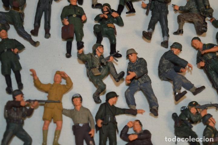Juguetes Antiguos: Antiguo - Sobre 120 soldados / Diferentes Ejércitos - 2ª Guerra M. - Sobre 5 Cm. de altura - ¡Mira! - Foto 18 - 226344593