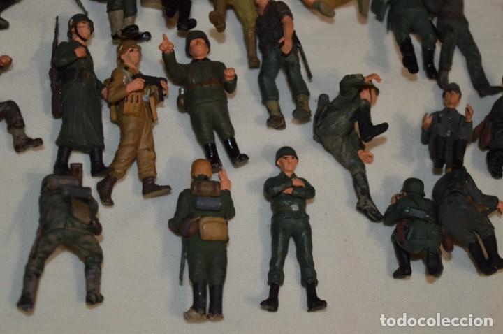 Juguetes Antiguos: Antiguo - Sobre 120 soldados / Diferentes Ejércitos - 2ª Guerra M. - Sobre 5 Cm. de altura - ¡Mira! - Foto 30 - 226344593