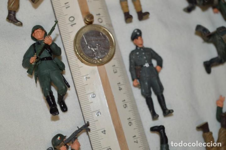 Juguetes Antiguos: Antiguo - Sobre 120 soldados / Diferentes Ejércitos - 2ª Guerra M. - Sobre 5 Cm. de altura - ¡Mira! - Foto 35 - 226344593