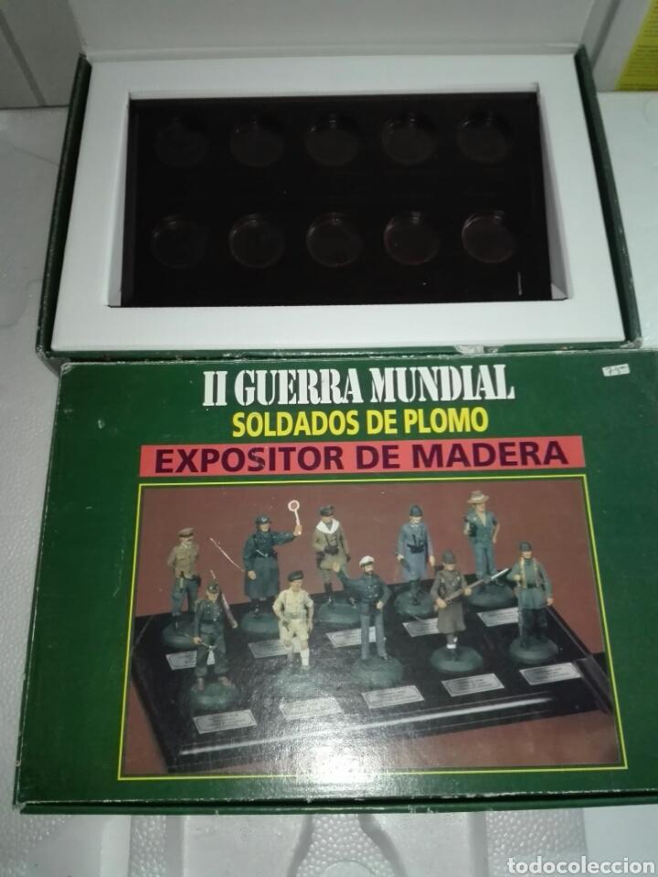 Juguetes Antiguos: 2 EXPOSITORES DE MADERA PARA SOLDADOS DE PLOMO - Foto 4 - 226369120