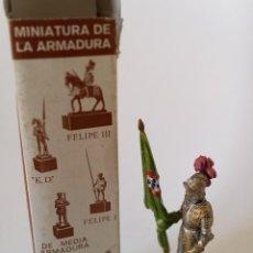 Juguetes Antiguos: FIGURA ARTESANÍA MILITAR 54MM. Lote 235113005