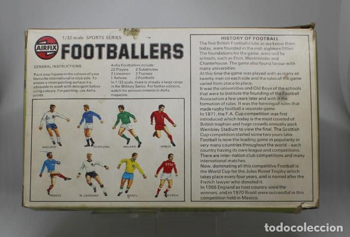 Juguetes Antiguos: AIRFIX FOOTBALLERS 1/32 SCALE 29 FIGURAS DE FUTBOLISTAS PLASTICO Año 1973 - Foto 3 - 245583735