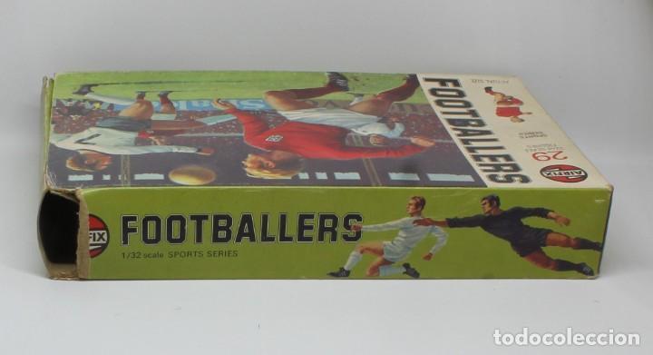 Juguetes Antiguos: AIRFIX FOOTBALLERS 1/32 SCALE 29 FIGURAS DE FUTBOLISTAS PLASTICO Año 1973 - Foto 6 - 245583735