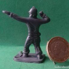 Juguetes Antiguos: FIGURAS Y SOLDADITOS DE 3 A 4 CTMS - 14048. Lote 268740639