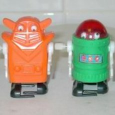 Juguetes antiguos: 4 STAR ROBOTS,ROBOTS-MINI DE CUERDA,AÑOS 70. Lote 23600205