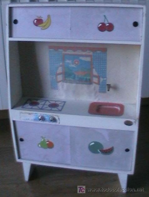 Bonita cocina de juguete de madera con compleme comprar for Cocina juguete segunda mano