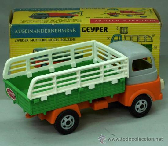 Juguetes antiguos: Camión carga desmontable Geyper plástico a fricción con su caja Ref 547 - Foto 2 - 156170982