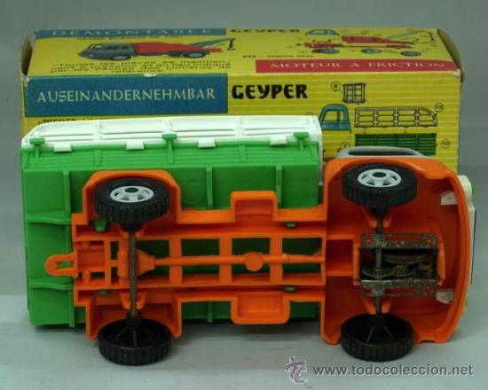 Juguetes antiguos: Camión carga desmontable Geyper plástico a fricción con su caja Ref 547 - Foto 3 - 156170982