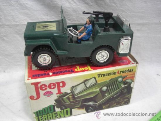 Juguetes antiguos: Jeep tracción 4 ruedas. Policía Armada. Nacoral. - Foto 2 - 26942283