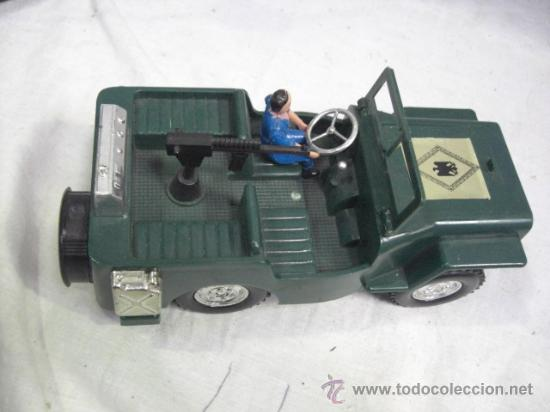 Juguetes antiguos: Jeep tracción 4 ruedas. Policía Armada. Nacoral. - Foto 5 - 26942283