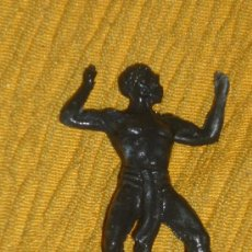 Juguetes antiguos - figura de nativo o negrito muy antigua años 60 70 -6 cmts pech stalux reamsa.lafredo .etc - 37770456
