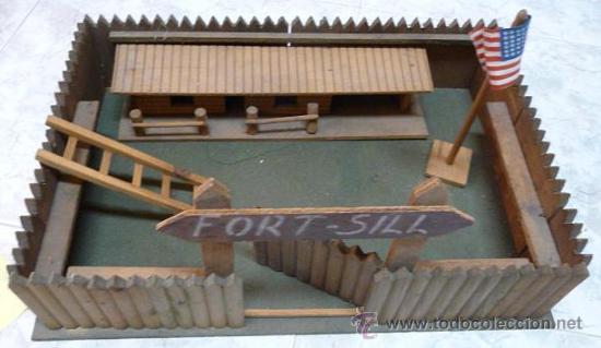 Juguetes antiguos: FUERTE DEL OESTE, FORT SILL - AÑOS 60 (TODO EN MADERA VER DETALLE Y FOTOS) - Foto 2 - 27319863
