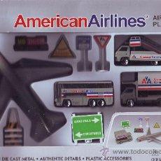 Juguetes antiguos: AMERICAN AIRLINES AEROPUERTO VEHICULOS AVION ACCESORIOS METAL Y PLASTICO DETALLES AUTENTICOS. Lote 27652248