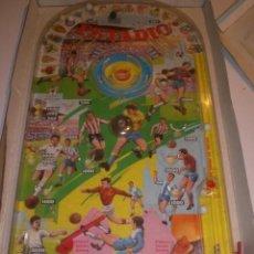 Juguetes antiguos: BILLARÍN ESTADIO DE PIQUÉ. AÑOS 70.. Lote 29165116