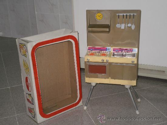 Cocinita de juguete modelo mediano juguetes p comprar for Cocinitas de juguete segunda mano