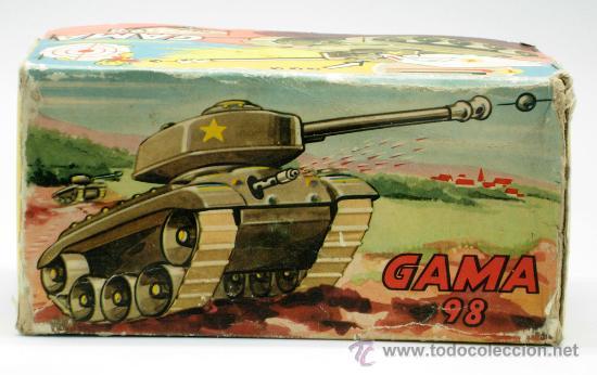 Juguetes antiguos: Tanque Gama 98 a cuerda lanza proyectiles en caja años 50 No funciona - Foto 3 - 35127949