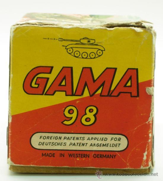 Juguetes antiguos: Tanque Gama 98 a cuerda lanza proyectiles en caja años 50 No funciona - Foto 4 - 35127949