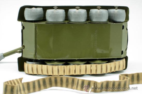 Juguetes antiguos: Tanque Gama 98 a cuerda lanza proyectiles en caja años 50 No funciona - Foto 11 - 35127949