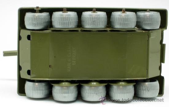 Juguetes antiguos: Tanque Gama 98 a cuerda lanza proyectiles en caja a cuerda funciona años 50 - Foto 10 - 35128070