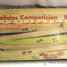 Juguetes antiguos: PISTA DE BÓLIDOS COMPETICIÓN B-1 DE JUGUETES BOSCH, COMPLETO. Lote 35793706