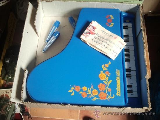 Juguetes antiguos: piano tremolo de reig en caja - Foto 3 - 38960567
