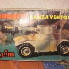 Juguetes antiguos: TANQUETA LANZA-VENTOSAS DE CLIM,CAJA VACÍA. Lote 39288848