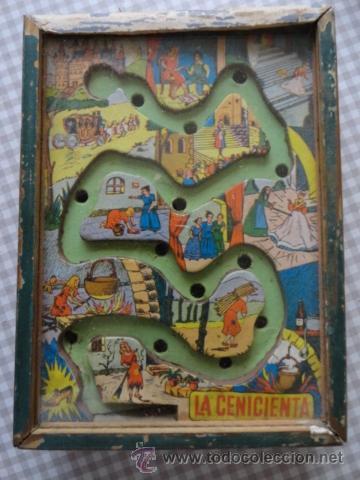 Juguetes antiguos: juego habilidad laberinto de la cenicienta años 50 marco madera y cristal - Foto 4 - 39686766