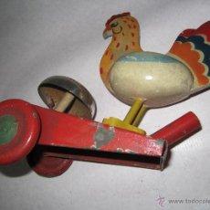 Juguetes antiguos: JUGUETE ANTIGUO DE HOJALATA Y MADERA .. Lote 40657968