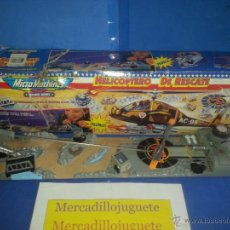 Juguetes antiguos: HELICOPTERO RESCATE MICROMACHINES FAMOSA 1994 FUNCIONANDO A PILASI. Lote 44975924