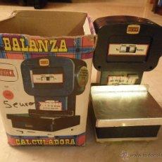 Juguetes antiguos: BALANZA CALCULADORA, DE LA MARCA EUREKA (NÚMEROS AL REVÉS). Lote 45447143