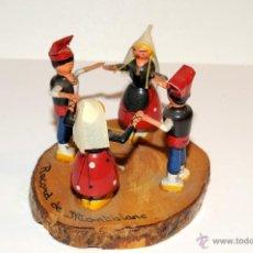 Juguetes antiguos: JUGUETE MADERA RECUERDO DE MONTBLANC. Lote 45544594