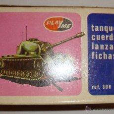 Juguetes antiguos: DIFICIL CAJA VACIA DE PLAYME TANQUE CUERDA LANZA FICHAS REF 306. Lote 50615002