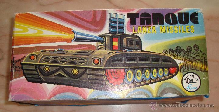 Juguetes antiguos: DIFICIL CAJA VACIA TANQUE LANZA MISILES DE RIMA - Foto 3 - 50748192