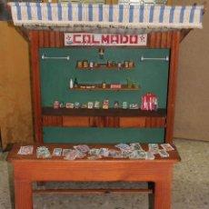 Juguetes antiguos: COLMADO EN MADERA DE LOS AÑOS 50 TAMAÑO REAL. CON ACCESORIOS.. Lote 51688100