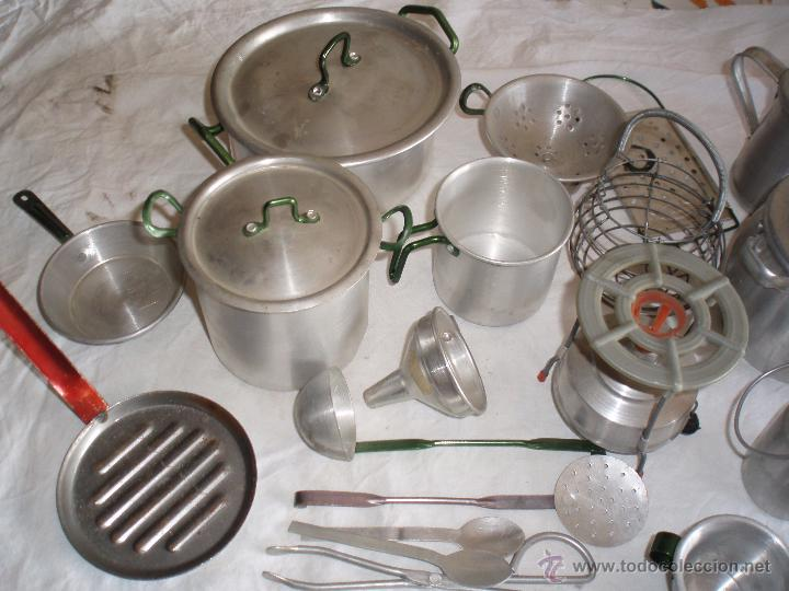 Antigua bateria de cocina de aluminio y enseres comprar for Enseres para cocina