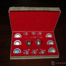 Juguetes antiguos: MENEJE DE PLASTICO ANTIGUO EN CAJA. Lote 53045230
