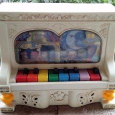 Juguetes antiguos: PIANO DE JUGUETE. REIG. AÑOS 70. FUNCIONA.. Lote 54668360