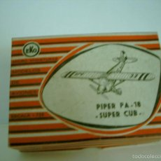 Juguetes antiguos: EKO CAJA ANTIGUA AVION PIPER PA 18 SUPER CUB. Lote 56866786