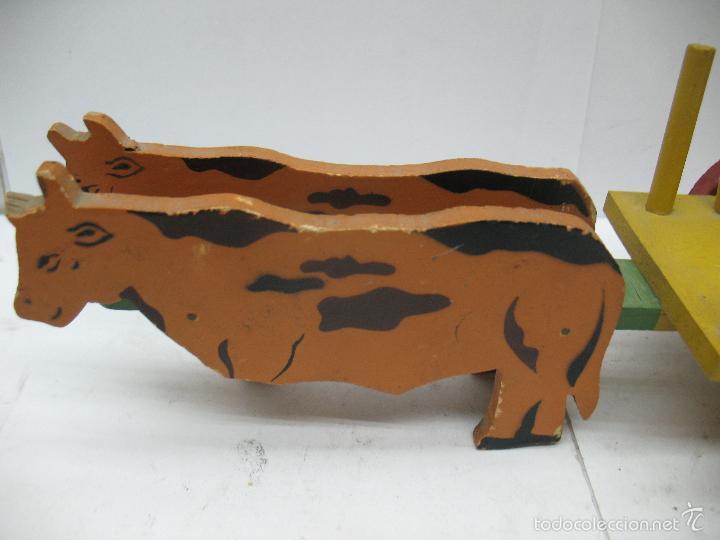 Juguetes antiguos: DENIA - Antiguo carro con vacas de madera - Foto 3 - 56957591