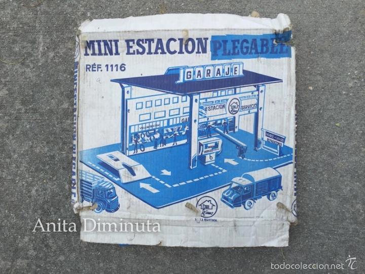 Juguetes antiguos: MINI ESTACION PLEGABLE GARAJE RIMA - EN SU CAJA ORIGINAL - - Foto 2 - 58665799