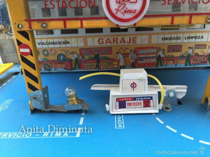 Juguetes antiguos: MINI ESTACION PLEGABLE GARAJE RIMA - EN SU CAJA ORIGINAL - - Foto 7 - 58665799