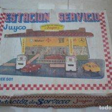 Juguetes antiguos: ESTACION DE SERVICIO DE JUYCO . Lote 63333896