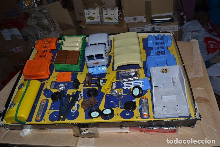 Juguetes antiguos: camiones geyper montaje en cadena - Foto 2 - 69642033