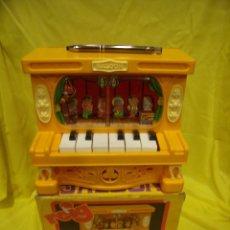 Juguetes antiguos: PIANO SALOON REIG, AÑO 70, REF 378, NUEVO SIN USAR.. Lote 133607183