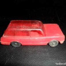 Juguetes antiguos: SEAT 124 RANCHERA - COCHE PVC KIOSCO -- 10CM LARGO. Lote 83923832
