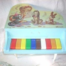 Juguetes antiguos: PIANO DE COLA, DE LA MARCA GUILLEM, NUEVO ES SU CAJA. Lote 84503792